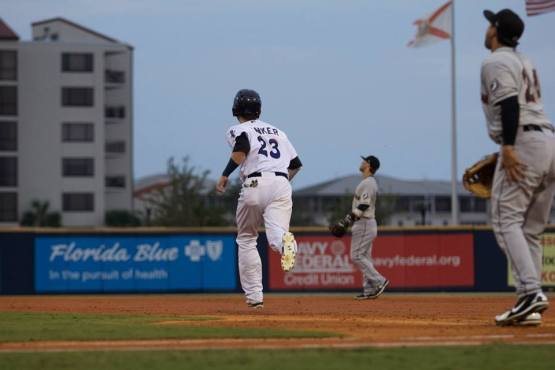 Jesse Winker homered in five straight games from August 11 to 15. (Barrett McClean/Pensacola Blue Wahoos)